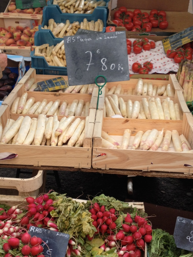 white asparagus at market